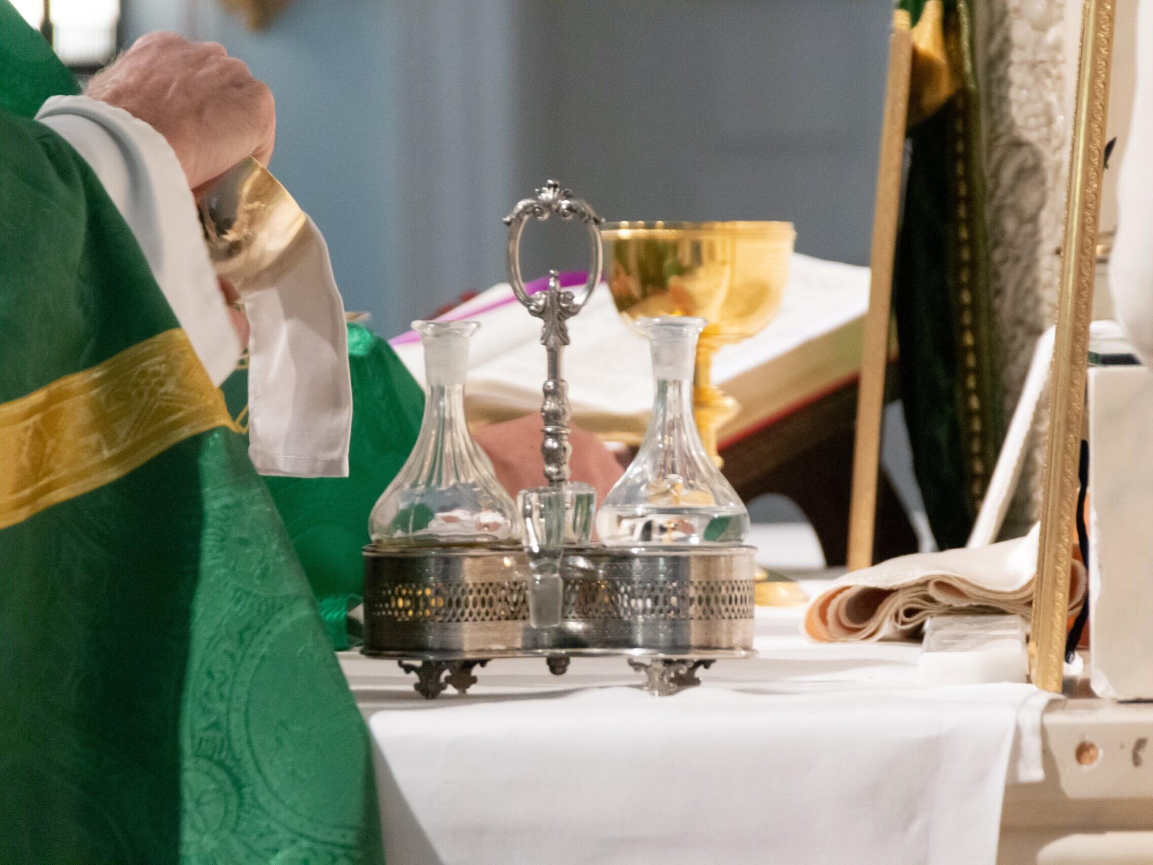 hommes ordonnés paroisse saint laurent